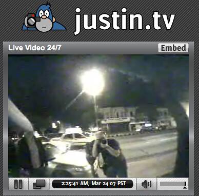 Scott Beale taking photo of justin.tv