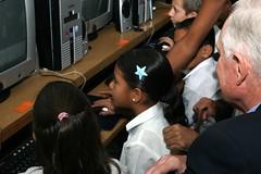 Craig and the kids (Ricardo Carreon) Tags: kids notebook education costarica intel craigrbarrett