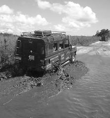 Off Road rumo a pennsula de Mara... (Ricardo Moreira Photos) Tags: brasil offroad natureza estrada bahia terra landrover ceu barro trilha itacare peninsulamarau