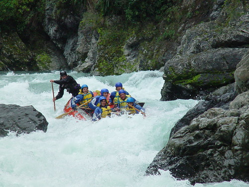 White water rafting por UdhayD.