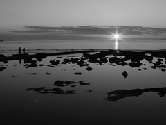 Horizont (Stranju) Tags: bw e sole livorno bianco nero biancoenero naturalmente bwdreams terrazzamascagni canonpowershots3is stranju aplusphoto withcanonican unbelpomeriggio sfidephotoamatori sfidephotoamatoriwinner visualartscontest mcb1604