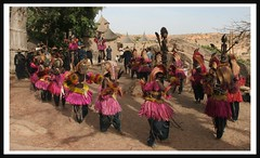 Dogon Dance (Ferdinand Reus) Tags: africa dance dancers mask traditional tradition mali tribe ethnic falaise dogon baobab masque afrique escarpment tribu animism  tirelli ethni