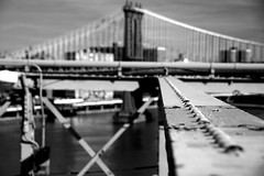 (smcgee) Tags: bridge blackandwhite newyork brooklyn d50 dof sunday january bluesky brooklynbridge stroll 2007 unseasonablywarm