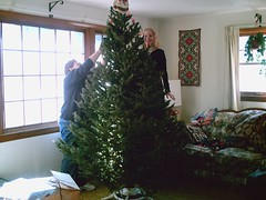 Mom and Annissa decorating the tree