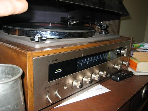 spooky radio turntable