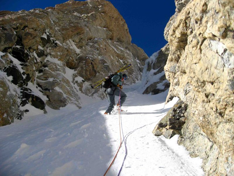 Randosteve on rappel in the Chevy Couloir