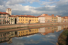 PALAZZO REALE (fabiogis50) Tags: italy reflection canon reflections topv333 europe italia day cloudy pair pisa grin arn