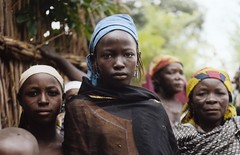 straight (janchan) Tags: africa woman rolleiflex children women village documentary nigeria donne mujeres reportage fulani hausa carrymehome whitetaraproductions