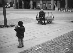 Leica32_34p.jpg