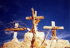 cruces de Ancuta (CLAUDIA BELLO PLAZA) Tags: chile del bolivia geyser altiplano chileno tatio tepasaste