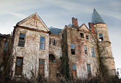The Ouerbacker Mansion (deatonstreet) Tags: urban abandoned decay kentucky property louisville mansion endangered romanesque exploration 1860 modernruins richardsonian ouerbacker thisoldhousemagazine