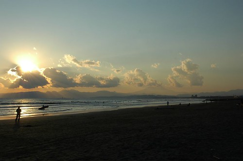 夕日と霞富士