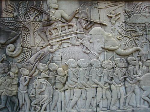 騎著大象的不知道是不是將軍?