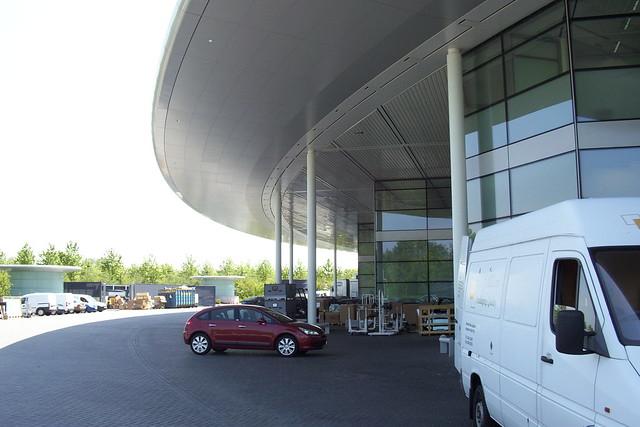 McLaren Technology Centre 034