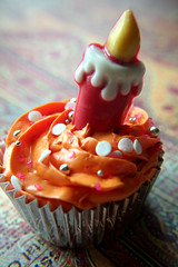 Project 365 Day 9: Happy Birthday Maureen (sugar-bliss gnome) Tags: birthday food candle candy cupcake maureen candysprinkles sweetcandy dragees project365