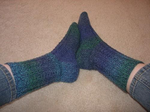 FO: Cable and rib socks