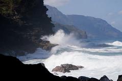Crashing Waves (lostinokay) Tags: vacation cliff color beach landscape hawaii waves kauai 2007 keebeach napalicoast npalicoast