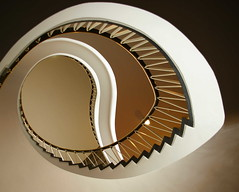(sediama (break)) Tags: architecture stairs germany hannover treppe round architektur handrail banister rund staircases treppenhaus gelnder sediama bysediamaallrightsreserved