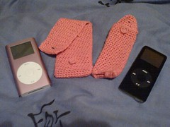 Crocheted cases for iPod nano and mini