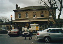 Picture of Kew Gardens Station