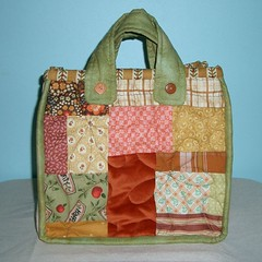 Quilted flower bag - side B par PatchworkPottery