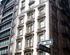 Beaux Arts and Wrought Iron (jglsongs) Tags: nyc newyork architecture nuevayork        jglsongs         thnhphnewyork      newyorkstadt
