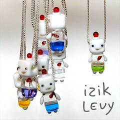 izik levy glass robot: junior (for Spring)