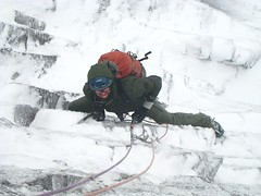 Freddie Scotland Rok getting into it (Mountain Hardwear) Tags: scotland jacket gloves iceclimbing mountainhardwear freddiewilkinson