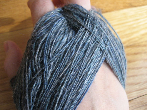 Creating an Andean plying bracelet with the singles