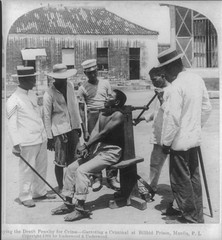 Execution in Manila, Phillipines ca. 1900s (LOC) - by pingnews.com