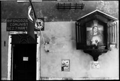 Jesus was a Commie? (flevia) Tags: venice bw italy easter jesus bn communist communism commie venezia ilford pci biancoenero rifondazionecomunista canonat1 canonef50mmf14 falceemartello stellarossa  monkeyspanner bnstilllife bnscorci bnreportage bnperiferie flevia ilfordmultigraderciv ilfordhpd estoescremacoc
