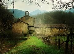 Ermita de Idoia (zubillaga61) Tags: landscape paisaje zb basque navarre ermita isaba idoia idoya