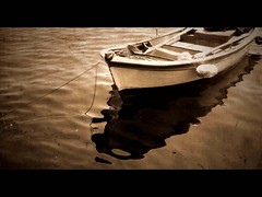 Tired (Atilla1000) Tags: sea sepia boat bravo searchthebest explore nostalgic blueribbonwinner interestingness5 magicdonkey outstandingshots seaide artlibre fotorafkraathanesi superaplus aplusphoto