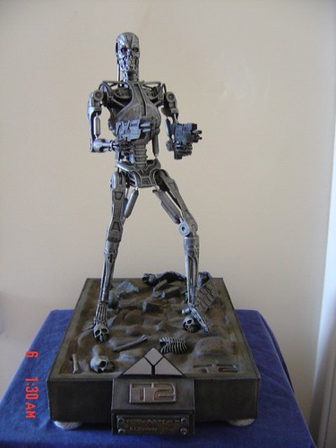 T2 JUDGMENT DAY CUSTOM VINYL ENDOSKELETON (1)