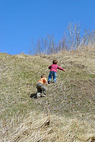 Boys climbing hill3301