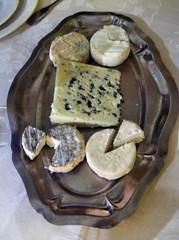 plâteau de fromage repas Château Coujan 2007
