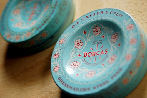 beautiful vintage pin tins