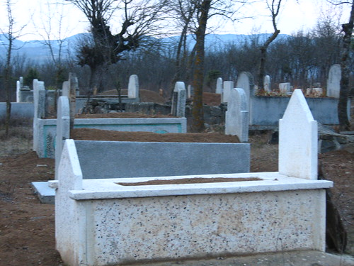 Sleeping spot near Vezirkopru turned out to be a graveyard