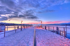 pier II (Toni_V) Tags: winter sky topv111 clouds sunrise d50 schweiz switzerland europe zurich topv222 zrich vanishing hdr 2007 sigma1020mm naturesfinest photomatix 3exp tthdr toniv anawesomeshot 012807 toniv