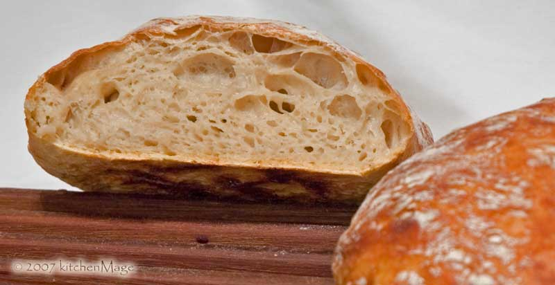 sliced no knead bread