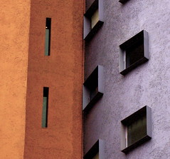 Naranjas vs morados (elcalamar) Tags: blue windows abstract muro colors buildings colores explore thewall ilmuro outstandingshots 25faves dissymmetry temporarygallery superaplus aplusphoto flickrjobdiff borderingperception goldenphotographer thegoldendreamscommenton2