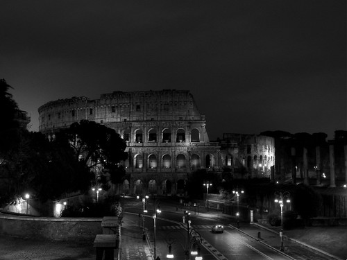colosseo from terrace on Via Foro Imperiale