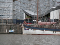 PICT2042.JPG (gothick_matt) Tags: bristol harbourside