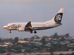 Alaska 737 (So Cal Metro) Tags: sandiego airline airliner airplane plane jet aviation aircraft san lindberghfield n615as airport boeing 737 737700 alaska alaskaairlines alaskaair
