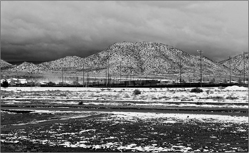 SNOW MOUNTAIN BW