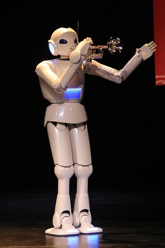 Robot trompetista