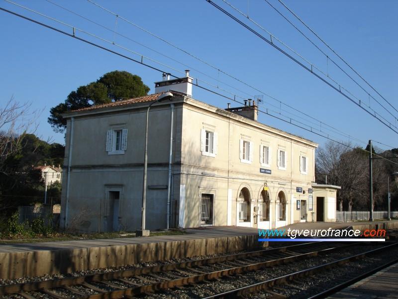 La gare SNCF de Saint-Chamas (13250) en Région PACA