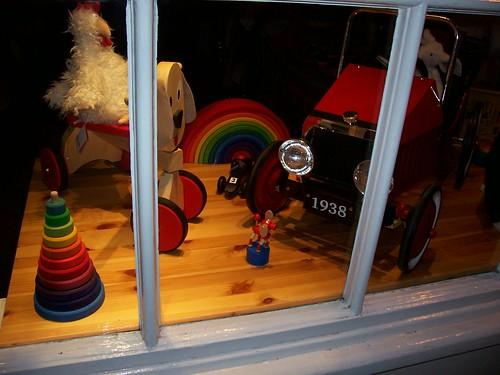 Amazing Rainbow Toyshop