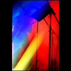 Musique cleste (Christine Lebrasseur) Tags: blue red people music woman france art texture yellow canon concert orton sweetkisses 400d supershots lebouscat eveningkiss funkaddicts lovethehappycolors allrightsreservedchristinelebrasseur