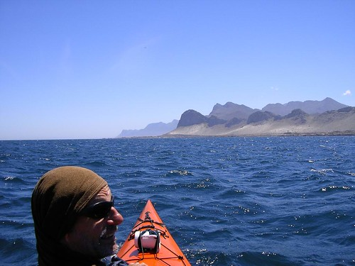 The fire-scarred mountains between Pringle Bay and Rooiels beckon. Deon gives his best piratanical scowl.